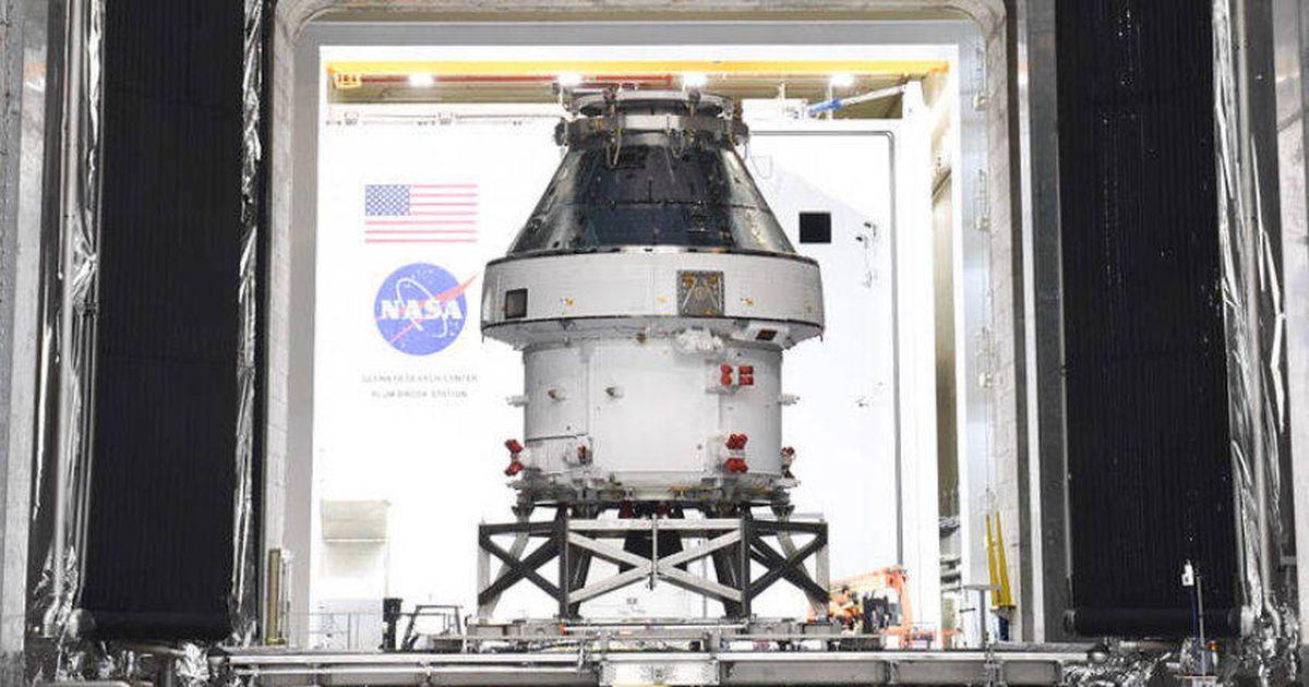 Watch a NASA 2021 video hype full of moon dreams and Mars hopes