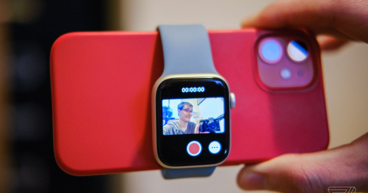 Today I learned that your Apple Watch can double as a vlog viewfinder